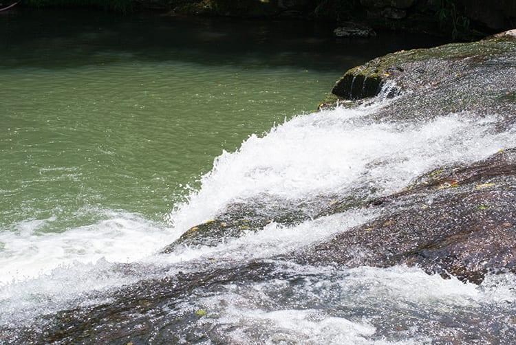 reservaecologicafamilialima-familialima-cascata-cachoeira-natureza-sitio-passeio-descanso-tranquilidade-jumpers10