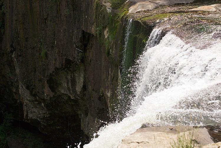 reservaecologicafamilialima-familialima-cascata-cachoeira-natureza-sitio-passeio-descanso-tranquilidade-jumpers12