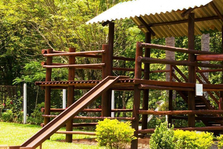 reservaecologicafamilialima-familialima-cascata-cachoeira-natureza-sitio-passeio-descanso-tranquilidade-jumpers2